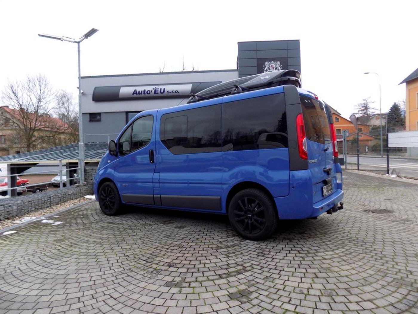 Renault Trafic 2.0 DCi obytný