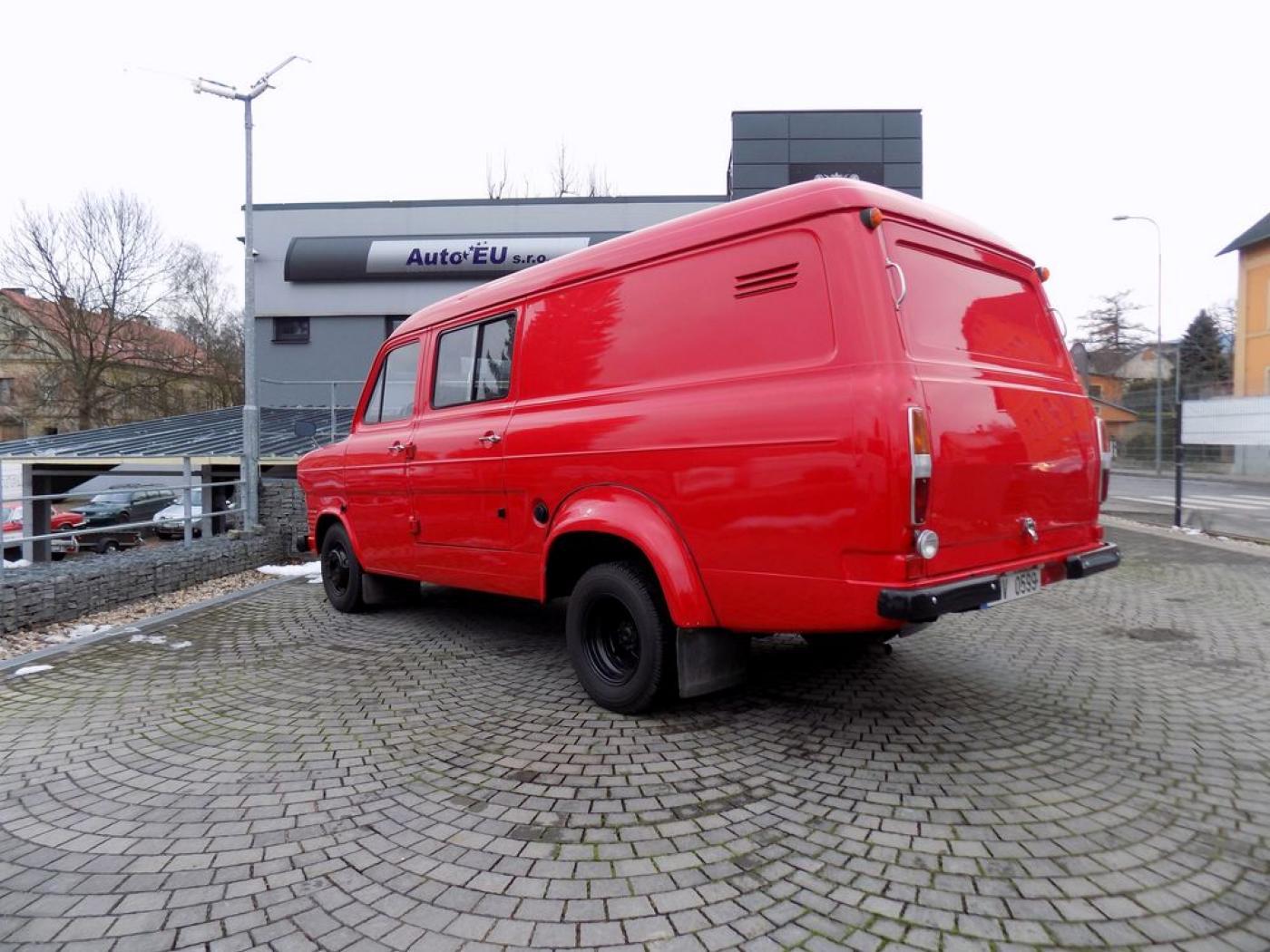 Ford Transit MK1 Požární 81E4-SA