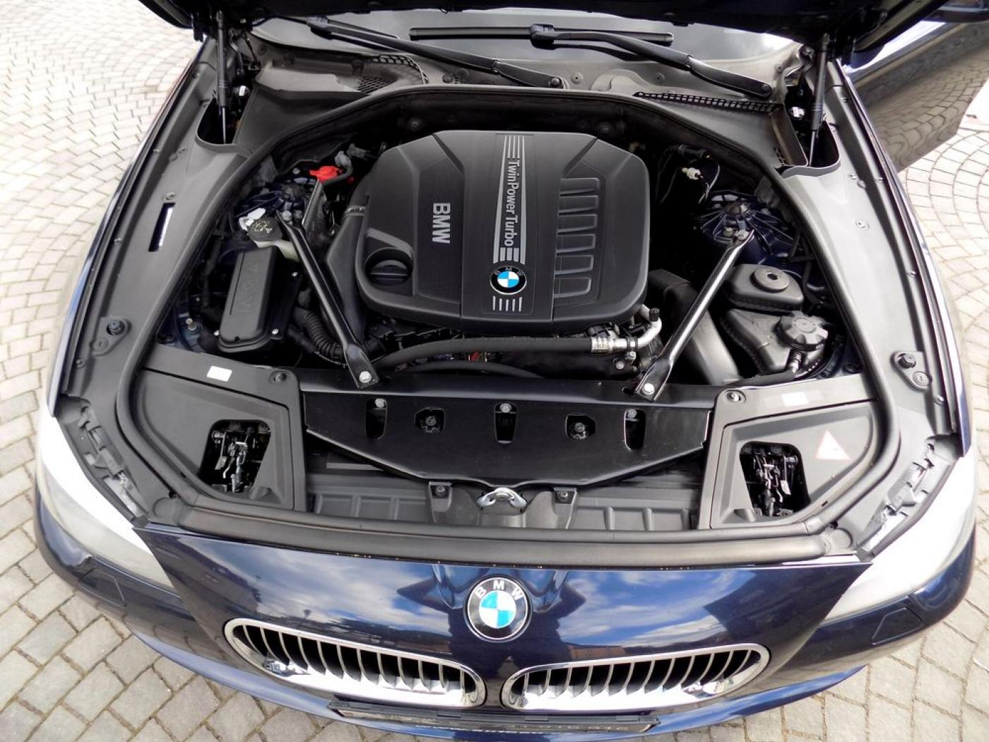BMW Řada 5 530d xDrive Touring Navi  odpočet D